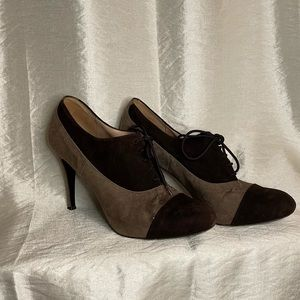EUC Barneys New York Suede Heels 38 1/2
